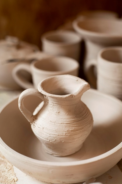 Ceramica artigianale arte ceramica concetto Foto Gratuite
