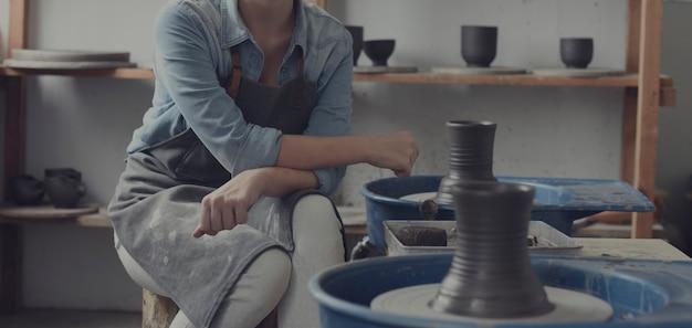 In the ceramic workshop Premium Photo
