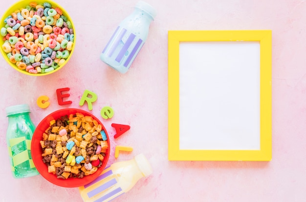 Cereal inscription with frame on table Free Photo