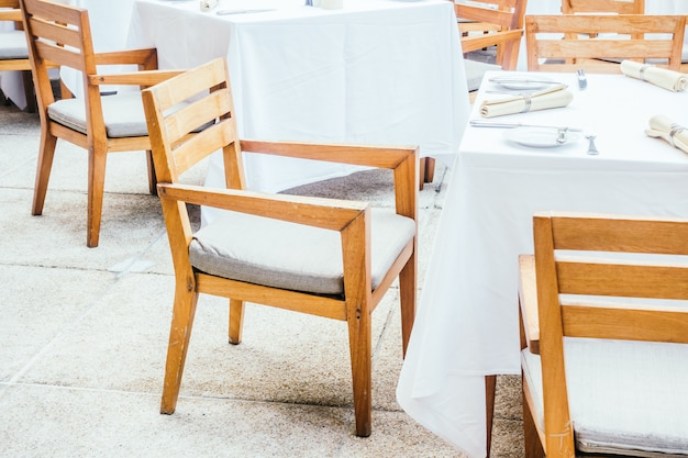 Chair and table in restaurant Free Photo