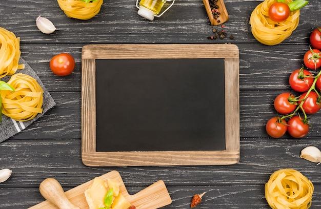 イタリア料理の黒板成分 無料写真