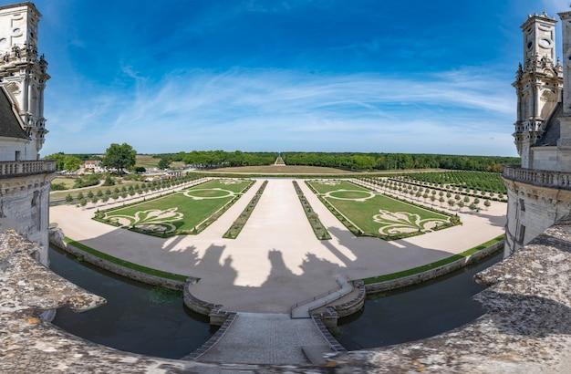 The chambord castle Premium Photo