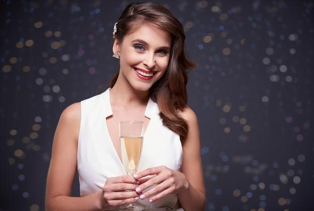 特別イベントを祝うシャンパン 無料写真