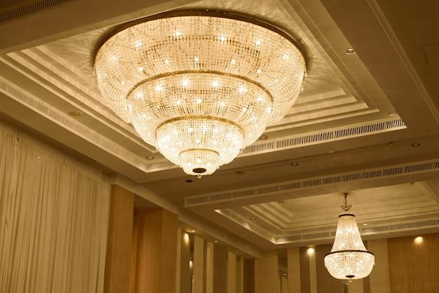 Chandeliers, beautiful light, luxury light Premium Photo