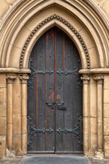 Chapel door   hdr Free Photo