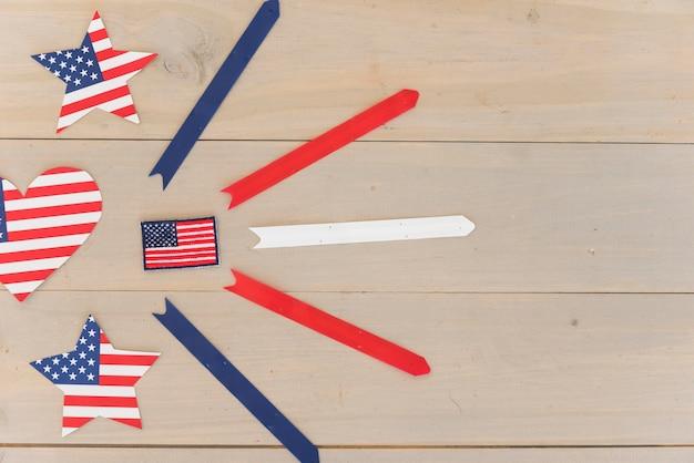 Casella di controllo ed elementi decorativi della bandiera degli stati uniti Foto Gratuite