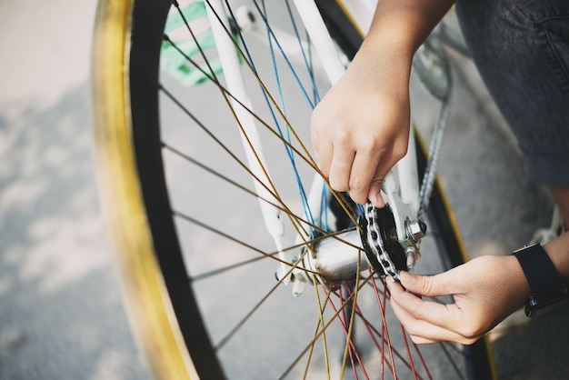 Checking bicycle chain Free Photo