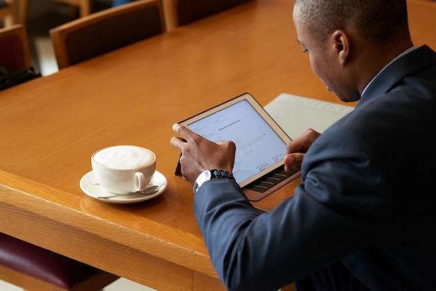 Checking business data Free Photo