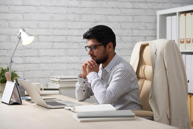 cara menyelesaikan utang - evaluating