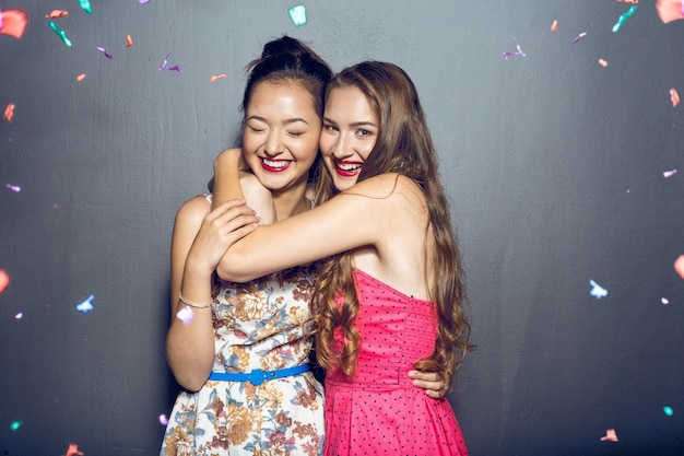 f1a08041614 Cheerful beautiful young women having party Photo | Premium Download