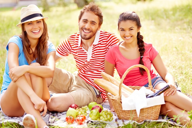 Cheerful friends in nature photo free download for Cheerful nature