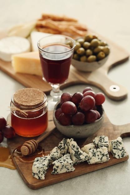 Сыр, виноград и мед Бесплатные Фотографии
