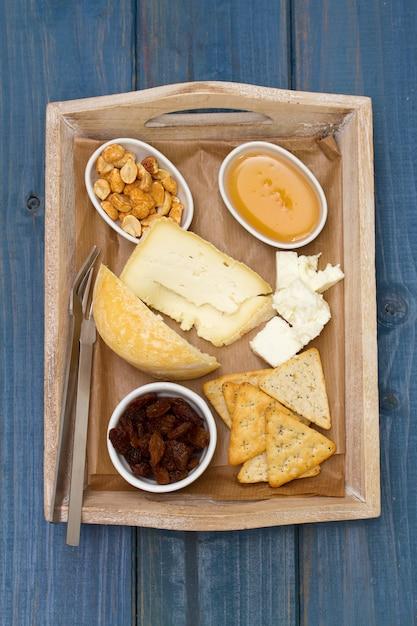 Cheese with toasts and honey Premium Photo