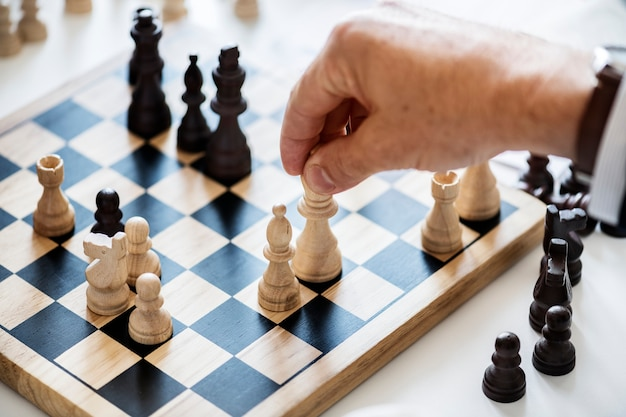 Chess game business strategy concept Free Photo