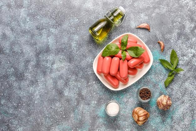 치킨 & 비프 칵테일 소시지. 무료 사진
