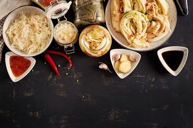 메밀과 야채를 곁들인 닭 가슴살. 무료 사진