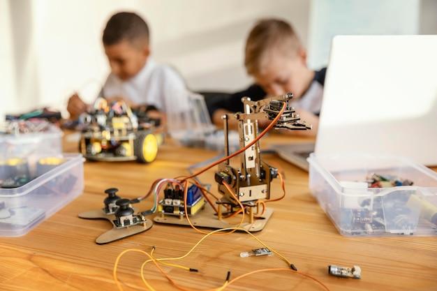 Children making robot Free Photo