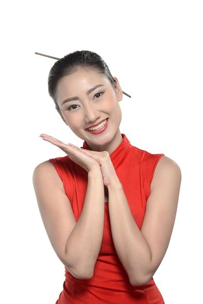 Chinese girl in cheongsam dress Premium Photo