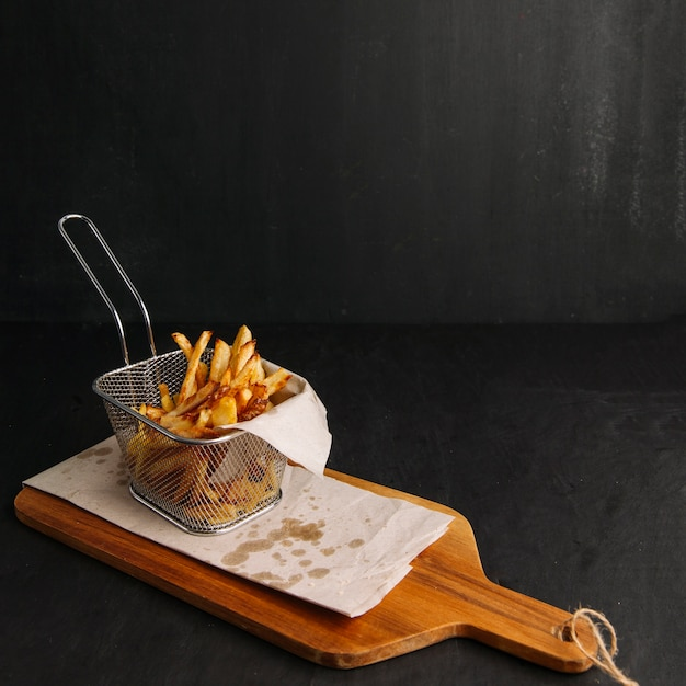 Chips on wooden board Free Photo