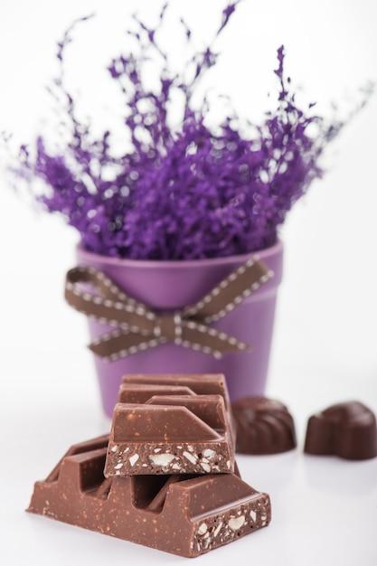 Chocolate bar close-up Premium Photo