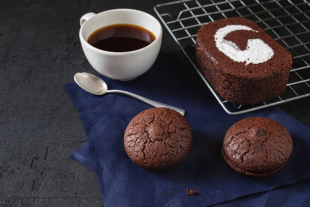 Chocolate cake with coffee Premium Photo