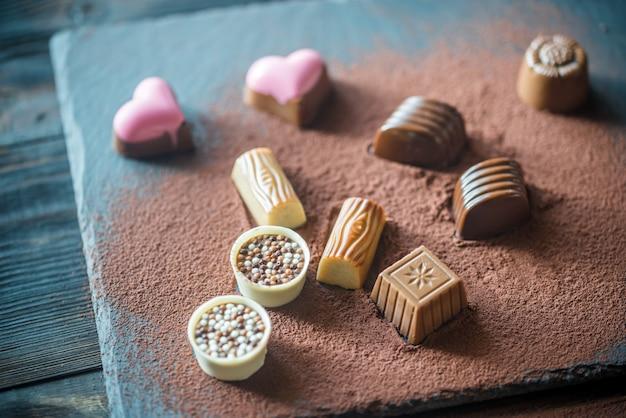 Chocolate candies with cocoa Premium Photo