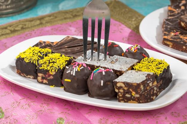 Chocolate dry fruits sweet Premium Photo