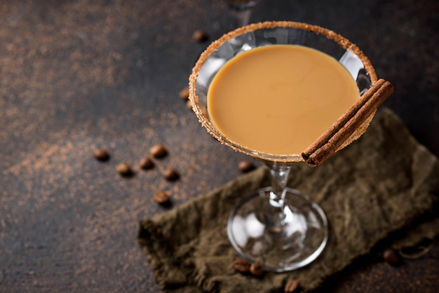 Chocolate martini cocktail or irish cream liquor Premium Photo