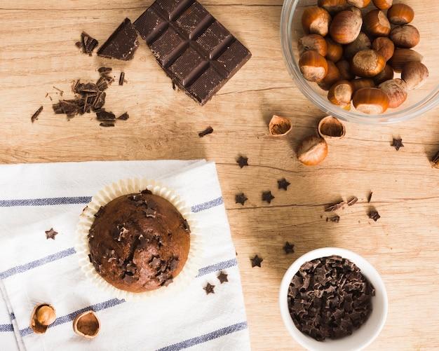 Chocolate muffins Free Photo