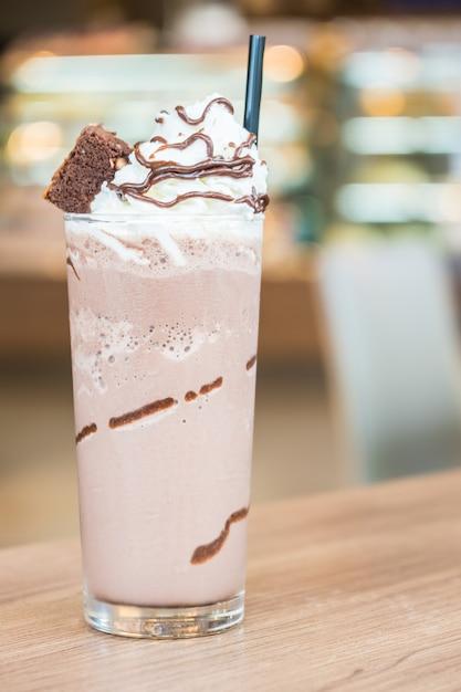 Chocolate smoothie Free Photo