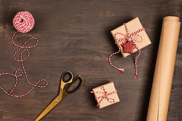선물 포장 크리스마스 배경 프리미엄 사진