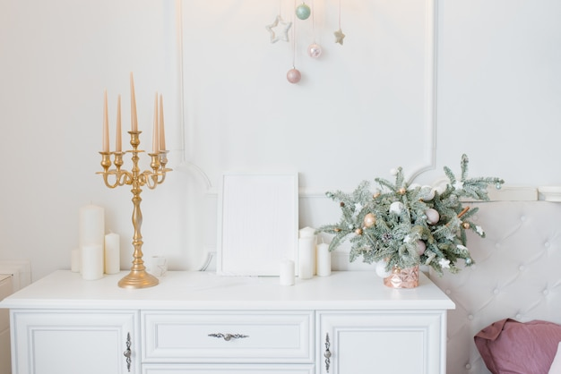 Christmas decor white chest of drawers in the bedroom or ...