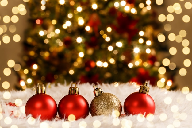 Christmas decorations red and golden balls Premium Photo