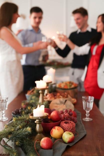 Рождественский ужин с семьей Бесплатные Фотографии