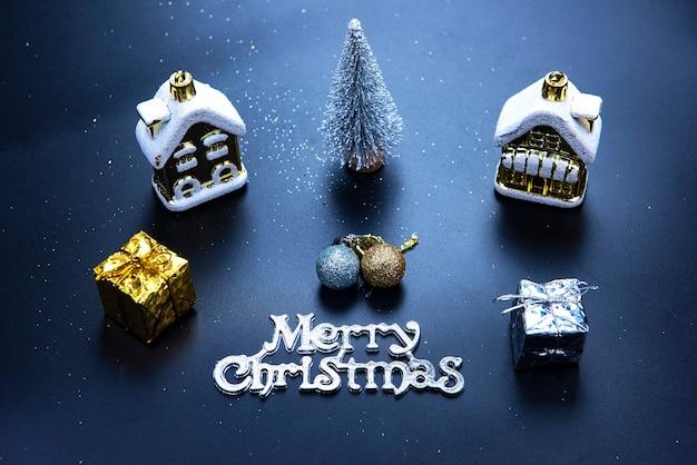 크리스마스 또는 새 해 어두운 배경, 시즌 장식 액자 크리스마스 칠판 프리미엄 사진