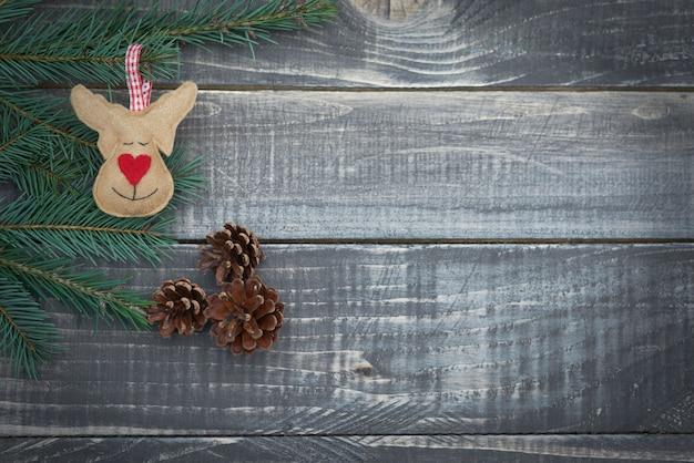Renne di natale su assi di legno Foto Gratuite