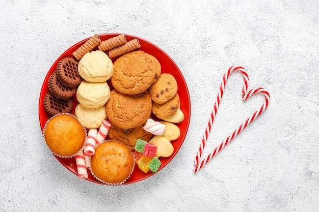 Блюдо рождественских конфет. Бесплатные Фотографии