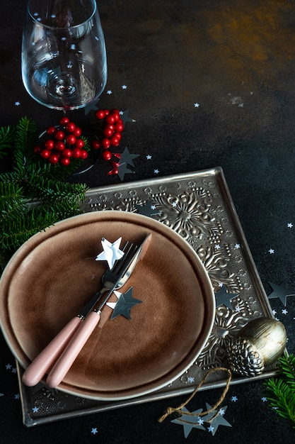 Christmas table setting Premium Photo