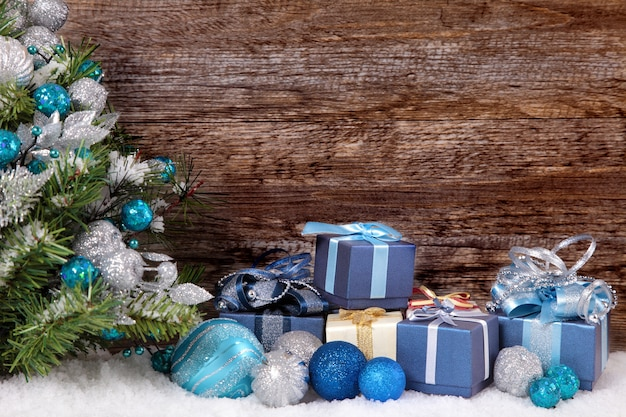 Christmas tree and gifts Free Photo