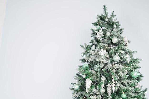 Christmas Tree Background.Christmas Tree Background Photo Free Download
