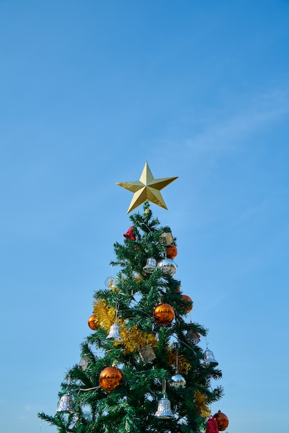 Christmas tree with colorful decoration Free Photo