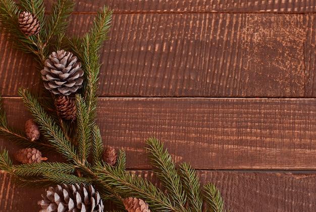 테이블에 누워 크리스마스 화 환 무료 사진