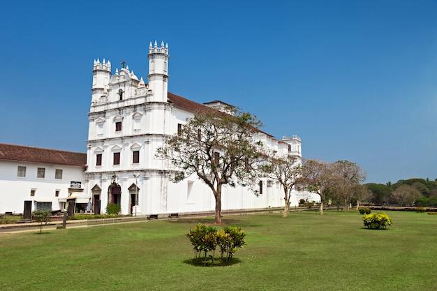 Church of saint assisi Premium Photo
