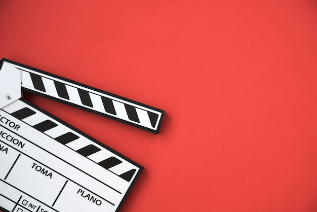 Cinema concept with clapperboard Free Photo
