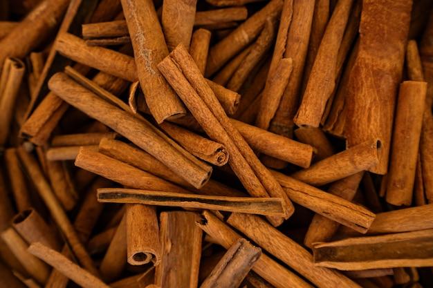 Cinnamon sticks background Free Photo