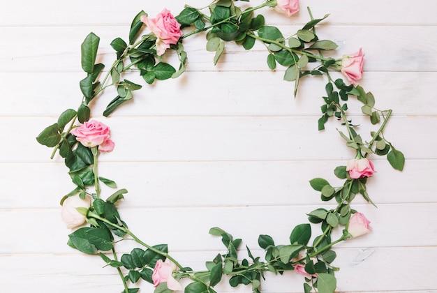 ピンクのバラの輪 無料写真