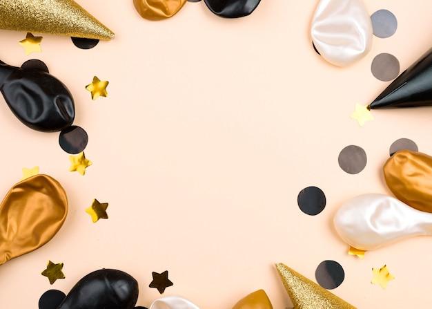 Круглая рамка с воздушными шарами на день рождения Бесплатные Фотографии