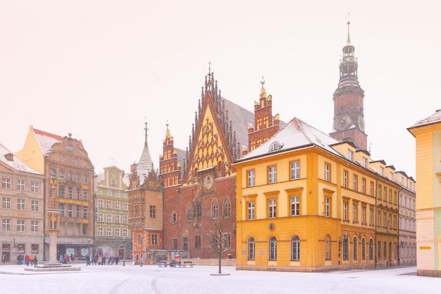 City hall on market square in wroclaw, poland Premium Photo
