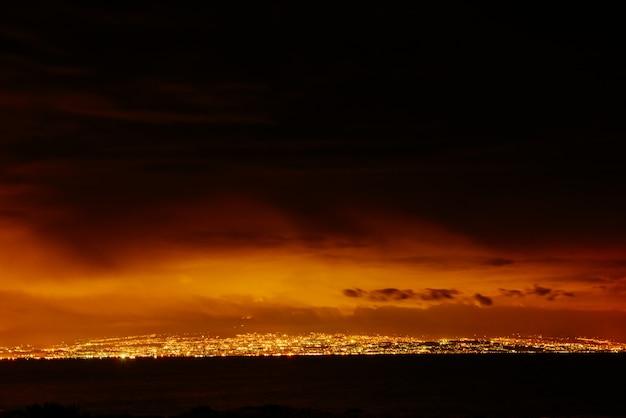 City on the night Premium Photo
