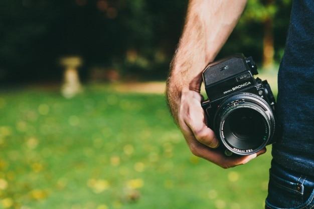 Classic medium format camera Free Photo